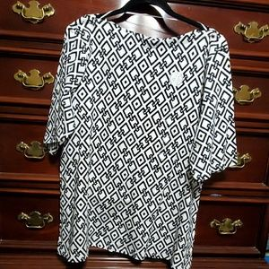 Women's  Black & White Prima Cotton 1X Top